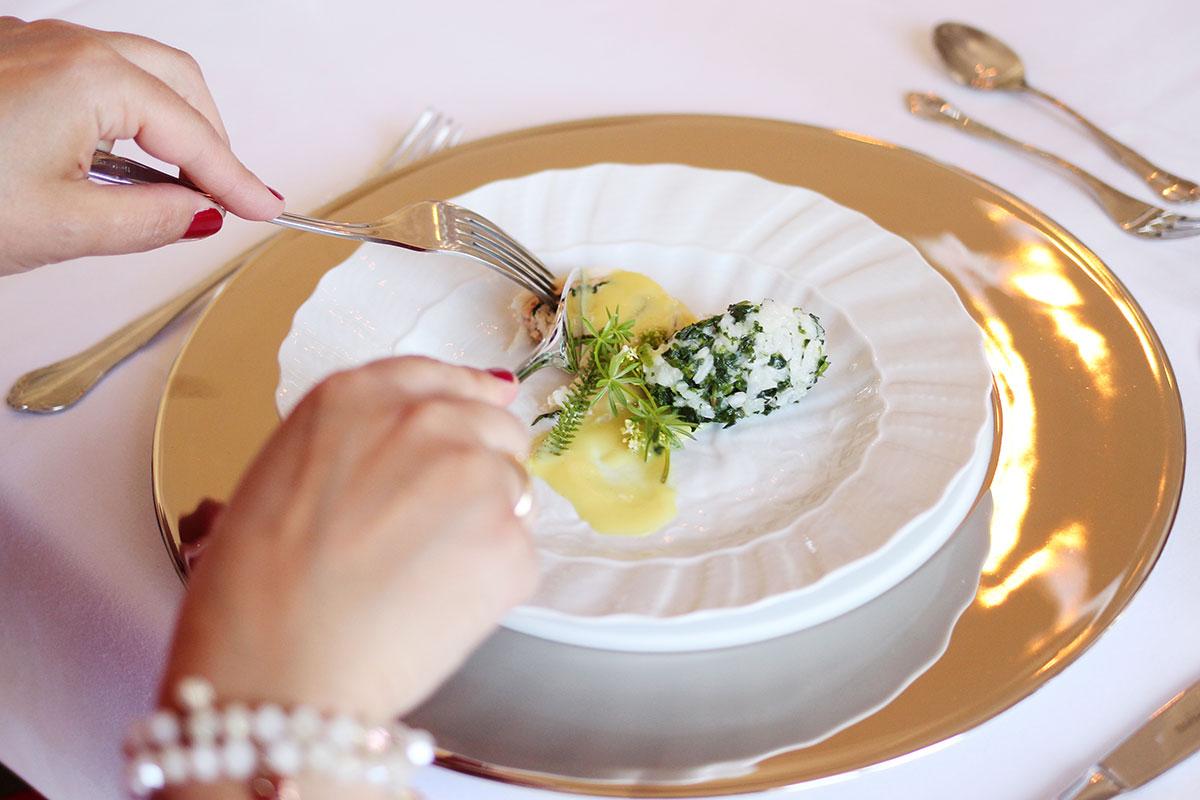 header-restaurant4324A751-43FA-3340-89E0-11DF4FD17E15.jpg